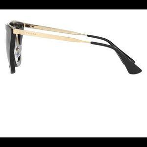 Prada sunglasses (authentic)